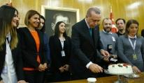Erdoğan'a Atatürk Havalimanında Doğum Günü Sürprizi !