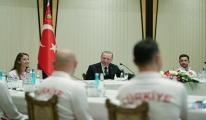 Erdoğan, madalya alan cimnastikçileri kabul etti