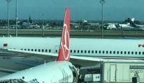 Fas uçağı THY uçağına arkadan çarptı