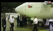 Fırtına uçakları böyle savurdu!video