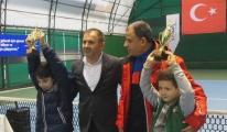 Florya Spor AŞ Tesisinde Yedi den Yetmişe Tenis Kursu