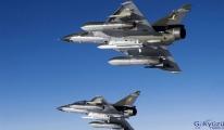 Fuat Oktay: Fransa'nın askeri uçakları adada kabul edilemez