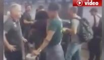 Futbolcuların  Havalimanında Son Görüntüleri video