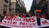 Galatasaray Taraftarından Dünyaya Mesaj