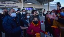 Galatasaray'a, Antalya'da coşkulu karşılama