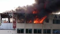 Girne Amerikan Üniversitesi'nde yangın paniği