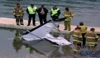 Tek motorlu uçak Colorado'da göle düştü