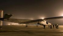 Güneş enerjisi ile çalışan Solar Impulse 2, Pasifik uçuşuna başladı