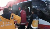 Hamile kadın helikopter ambulansla hastaneye götürüldü