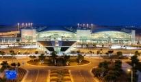Havaalanı'nda 50 karton kaçak sigara