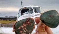 Havada Akbaba ile Çarpışan Uçağın Camı Tuz Buz Oldu