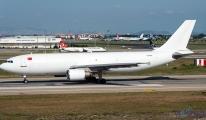 Havada panik... Atatürk Havalimanı'na geri döndü!