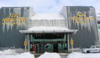 Ağrı Ahmed-i Hani Havalimanı Buz Tuttu