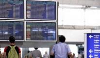 Havalimanı'nda gümrük memurları Kuş uçmuyor
