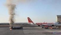 Havalimanı'nda yakıt tankeri alev aldı