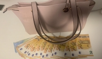 Havalimanı'nda yolcunun sütyeninden 23 bin 400 euro çıktı