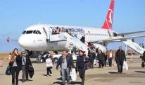 Havalimanı Pisti Çöktü,Uçuşlara Kapandı