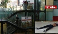 Havalimanı'nda merdiven boşluğuna düştü