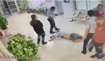 Havalimanında yolcuyu tekme tokat döven polis...