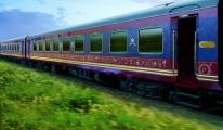 Hindistan Treni Kalkıyor...