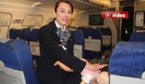 Hostes, Uçakta Bebeğin Hayatını Kurtardı