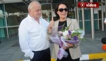 Hülya Koçyiğit Türkiye'ye Döndü video