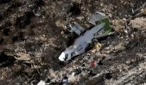 İran'da düşen özel jetin karakutuları Paris'te açıldı