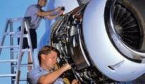 İş garantili uçak teknisyenliği kursu