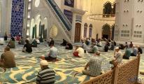 İstanbul'da camilerde şükür duası