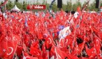 Türk Yıldızları fetih şölenine katılanlara gösteri yaptı.video