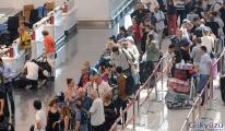 İstanbul Havalimanı'nda bayram tatili telaşı basladı!