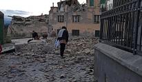İtalya 6.2'lik Depremle Sarsıldı: 21 Ölü