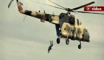 Jandarma'dan muhteşem atlayış!video