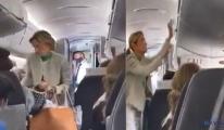 Maske takmayı reddeden kadın yolcu uçaktan indirildi
