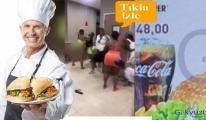 video Kadınlar Burger King'de kavga etti