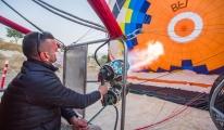 Kapadokya'da sıcak hava balonları havalandı#video