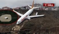 Kaptan Pilot: İnişte Uçağın Motoru Koptu! video