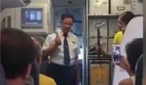Kaptan Pilot uçakta gözyaşlarıyla veda etti! video