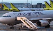 Kepenk indirdi! Lufthansa'ya Koronavirüs darbesi..