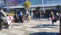 Alışveriş merkezlerine akın ettiler(video)
