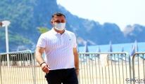 Koronavirüsü yenen Alanya Belediye Başkanı, göreve başladı