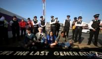 Londra'daki protestolar Heathrow Havalimanı'na taşındı