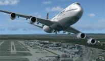 Lufthansa Uçağı Acil İniş yaptı
