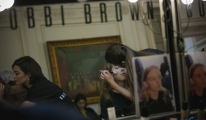 Lug Von Siga Defile Makyajı Bobbi Brown İmazasını Taşıyordu