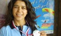 Göklerin altın kızı Paraşütçü Meryem madalyaya doymuyor