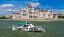 Macaristan'da gezi teknesi battı! 7 ölü