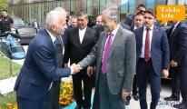 video Malezya Başbakanı Muhammed'i Temel Kotil Karşıladı!