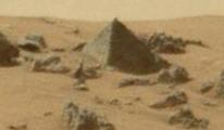Mars'da Piramit Şeklinde Bir Yapı Tespit Edildi