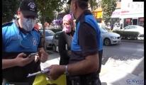 Maske takmayan kadın, polisle tartıştı