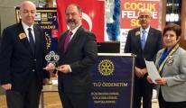 Mehmet Nane'ye Rotary Üstün Meslek Hizmet Ödülü